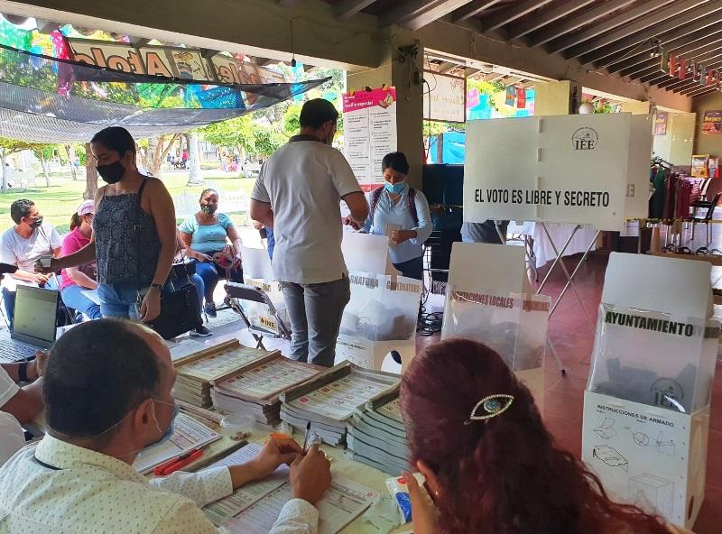 Iniciarán IEE Colima cómputos de las elecciones locales; los primeros resultados oficiales serán de la gubernatura