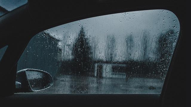 Como regular o vidro elétrico do seu carro