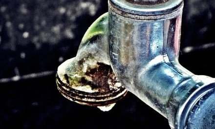 Vazamento de água no motor