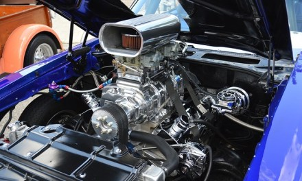 Por que válvula de motor empena?