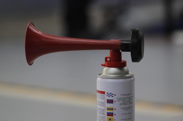 Como regular o volume do aviso sonoro da Fiat