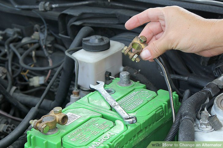 """<span class=""""entry-title-primary"""">Trocar bateria com o carro ligado é perigoso</span> <span class=""""entry-subtitle"""">Prejuízo pode ser grande</span>"""
