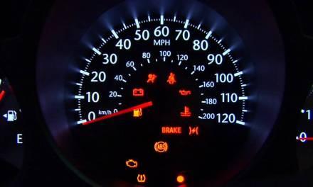 """<span class=""""entry-title-primary"""">Iluminação do painel de carro</span> <span class=""""entry-subtitle"""">Descubra alguns defeitos desse componente elétrico</span>"""