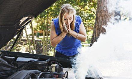 """<span class=""""entry-title-primary"""">Motor quente – Quando devo me preocupar?</span> <span class=""""entry-subtitle"""">Entenda como funciona a temperatura do motor do seu carro</span>"""