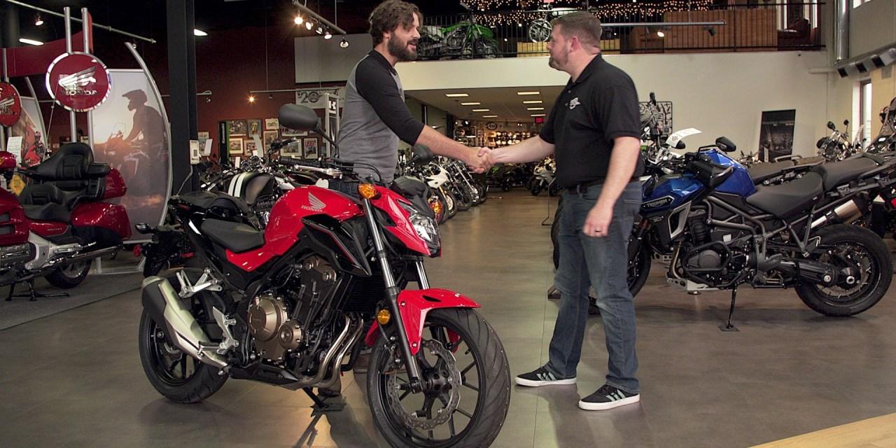 "<span class=""entry-title-primary"">Motos – O que devemos saber antes de comprar</span> <span class=""entry-subtitle"">Dicas para comprar uma moto usada</span>"