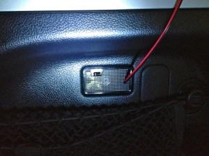 Defeitos na luz de porta-malas