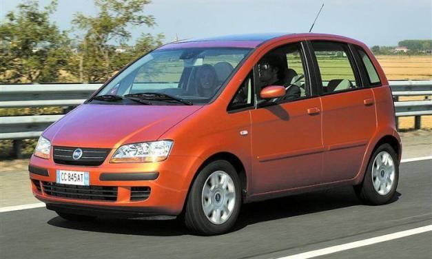 Como trocar a bateria do Idea da Fiat?