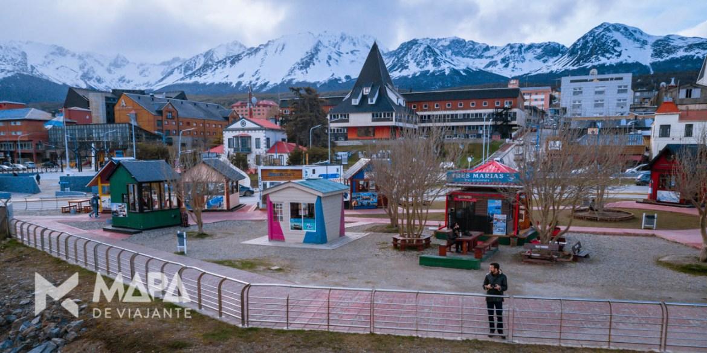 Guichês e agencias turísticas no pier em Ushuaia