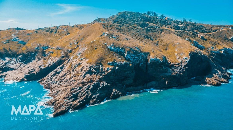 Encosta do Lago do Amor em Arraial do Cabo