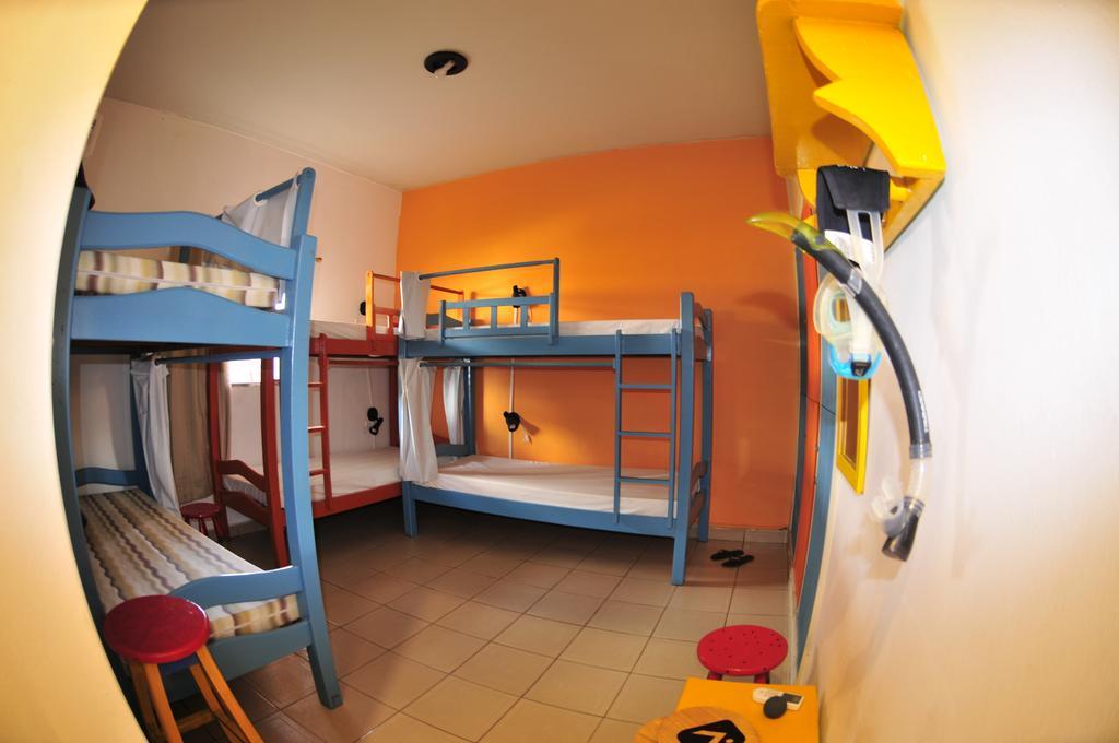 Onde-ficar-Fernando-de-Noronha-Casa-Swell-Hostel-Albergue