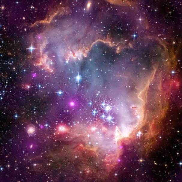 Imagens do universo - Nasa - Pequena Nuvem de Magalhães