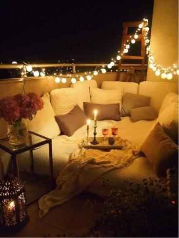 Jantar romântico com pisca pisca - Imagem no Pinterest de Catraca Livre