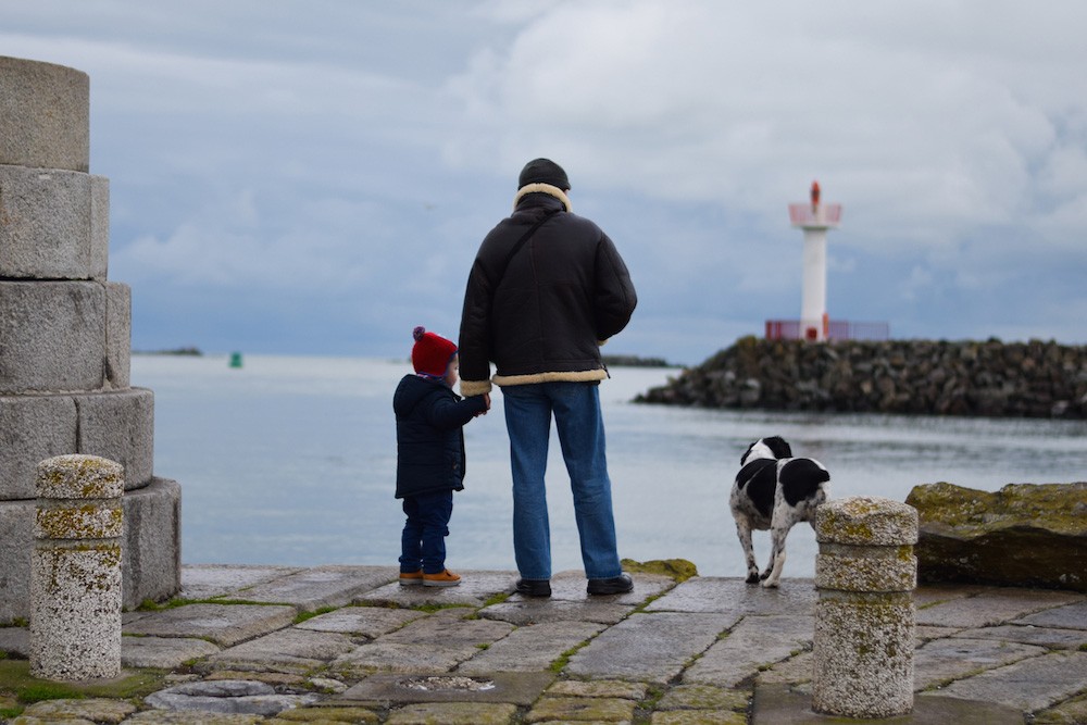 Dublin-Family-in-harbour-1000px