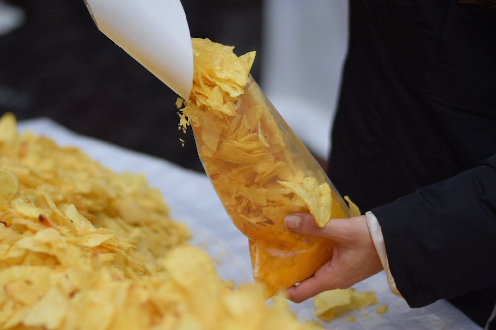 Madrid-Potato-Chips-in-Plaza-Espana-1000px-opt