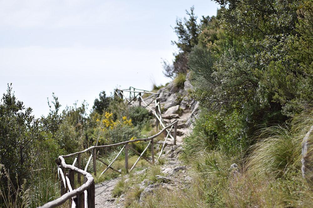 "Photo of a a hiking trail on the Amalfi Coast called ""The Path of the Gods"""