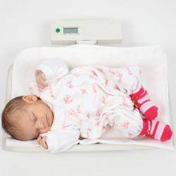 Как делать массаж для новорожденных? Основы массажа, делаем массаж и гимнастику правильно