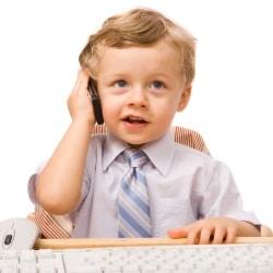 Мобильный телефон для ребенка: критерии выбора
