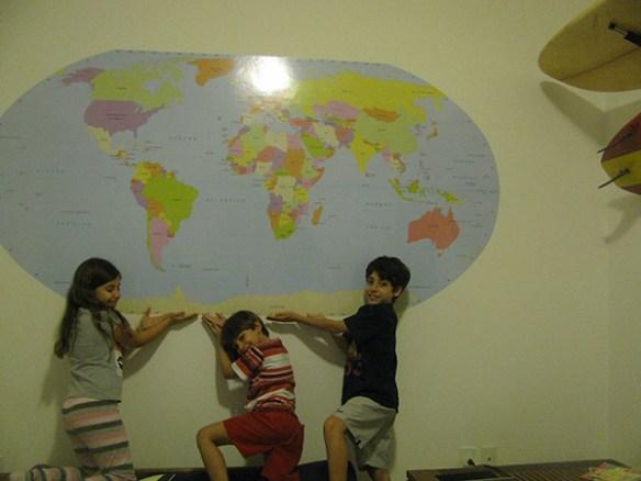 mapa mundi grande em portugues aplicado
