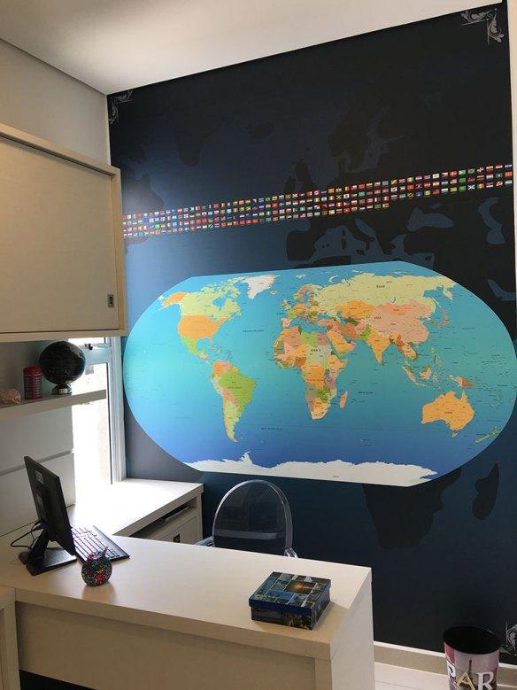 Papel de Parede Mapa Mundi Escritório aplicado na vertical