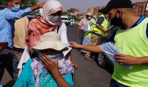 Covid-19 : Vaste campagne de sensibilisation et distribution de masques à El Attaouia