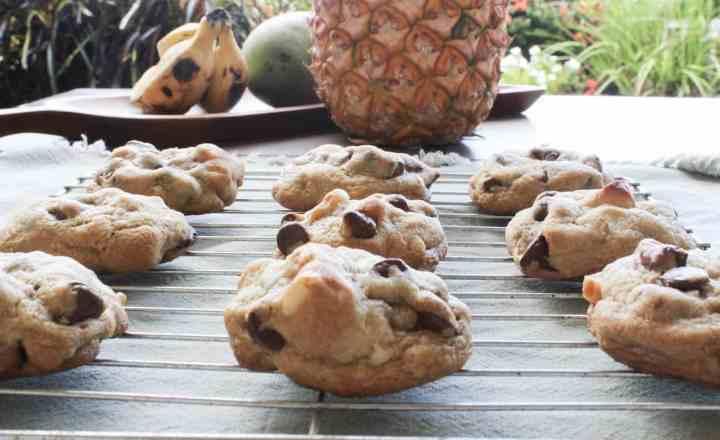 macadamia nut chocolate chip cookies cooling
