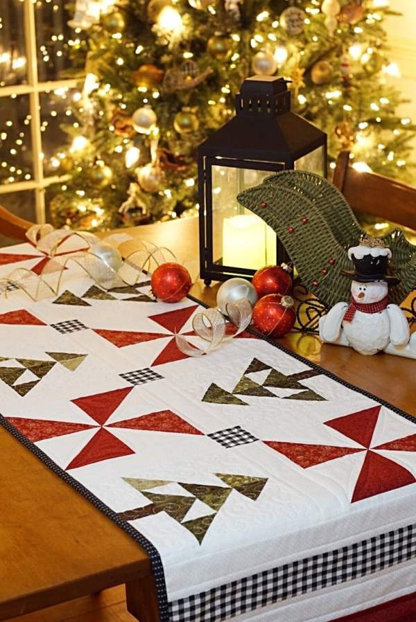 An Evergreen Christmas Table Runner pic 4