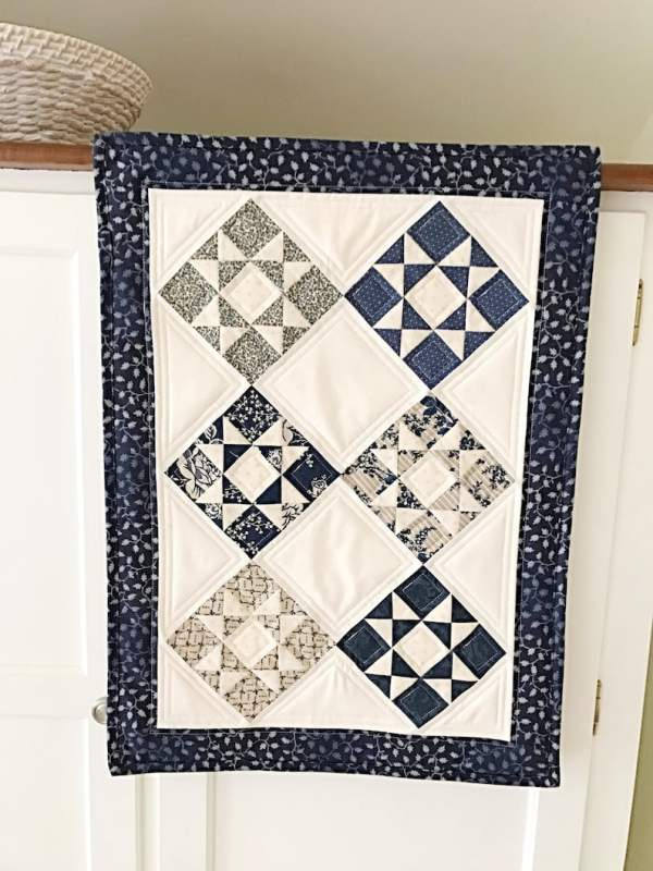 French Country Stars Table Runner pic 2
