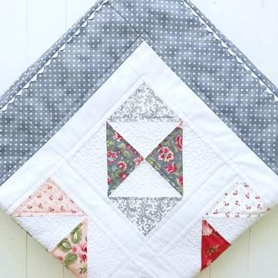 Pretty Petit Fours Quilt Pattern pic 2