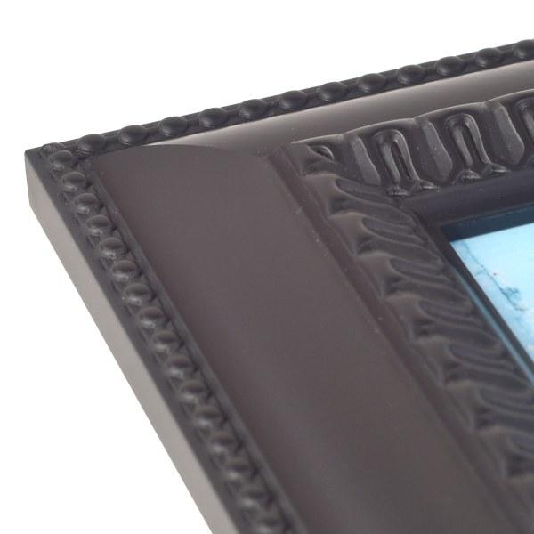 Feodora black frame corner