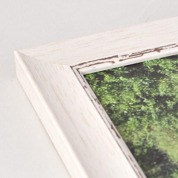 Fraya 25 white-washed frame
