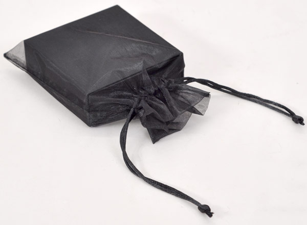 Slider flash drive presentation box with organza bag