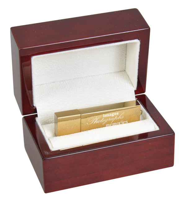 Super Deluxe presentation boxes with flash drive
