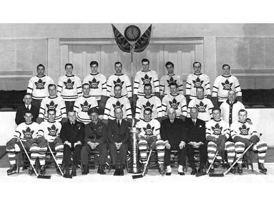 Vítězové Stanley Cupu v sezoně 1941-42