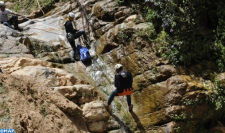 رياضات المياه العذبة بأزيلال: متعة المغامرة وسط سحر الطبيعة