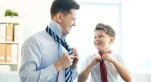 Kujdes prindër: Nëse i thoni këto 5 gjëra djalit tuaj, do i shkatërroni jetën