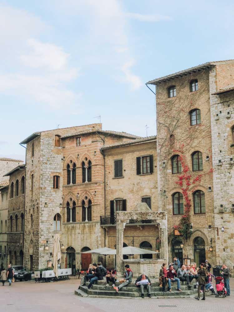 Tips voor het mooiste dorp van Toscane, San Gimignano - Map of Joy
