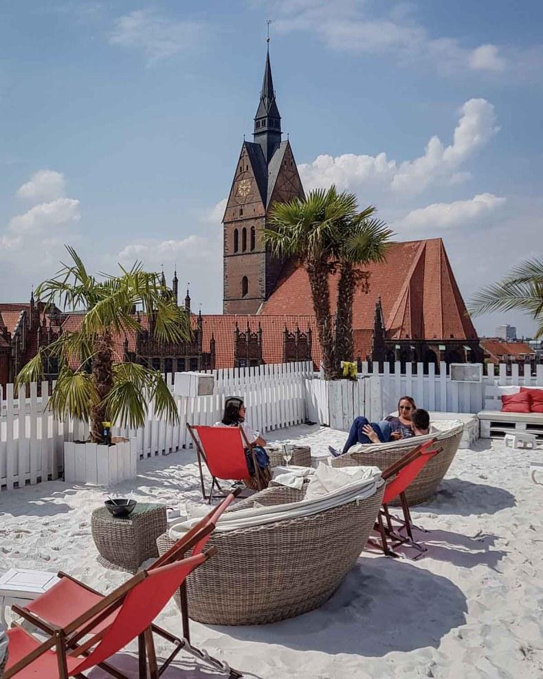 Rooftop bar Schöne Aussichten 360 Beachclub Hannover - Map of Joy