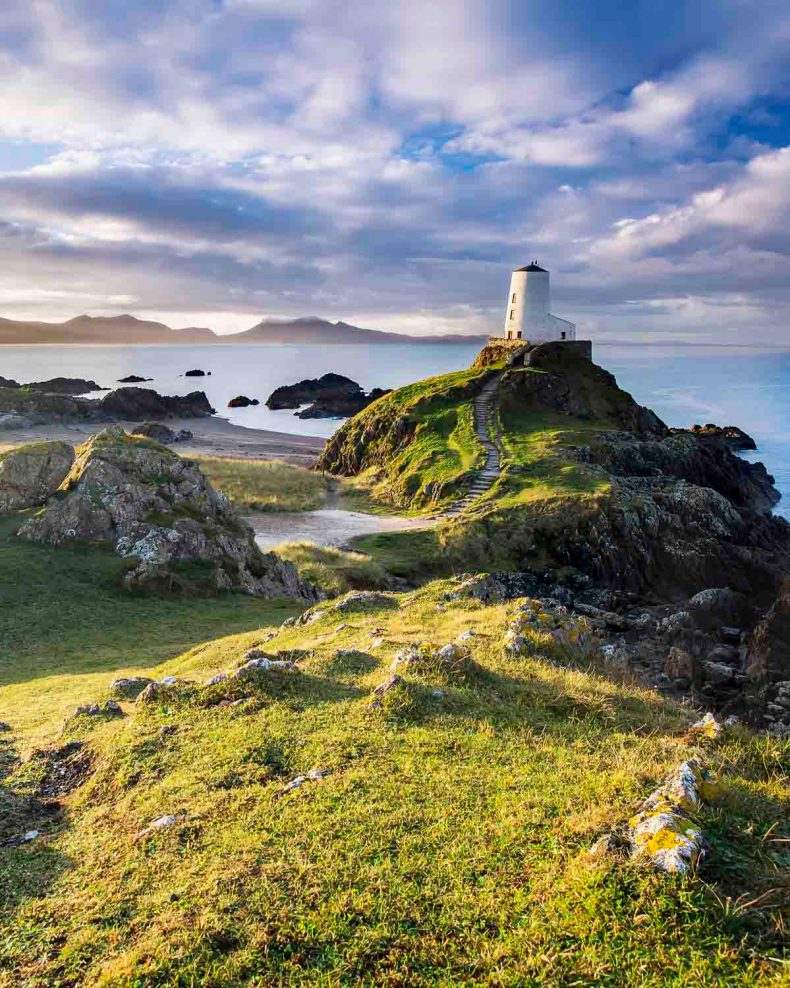 Roadtrip route The North Wales Way, Llanddwyn island vuurtoren