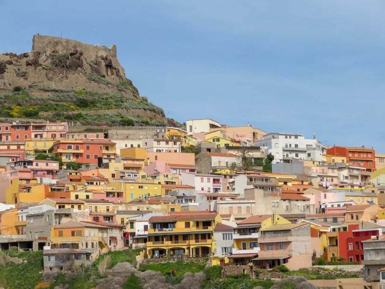 De mooiste plekken van Noord-Sardinië [roadtrip route], Castelsardo - Map of Joy