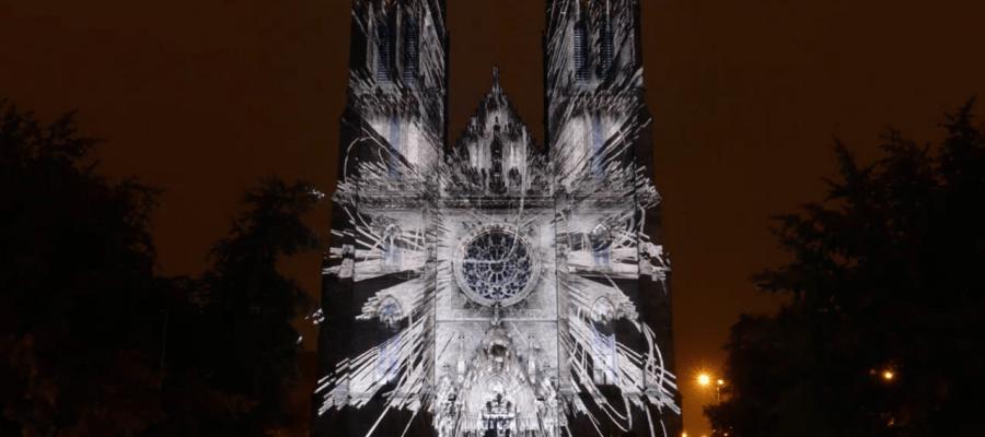 Потрясающий 3D mapping на Церковь Святой Людмилы