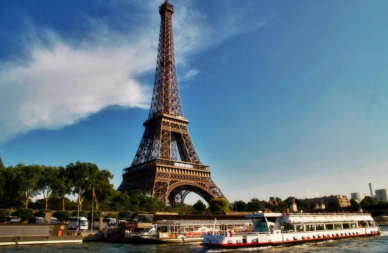 Seine River. Photo CC by Artur Staszewski.