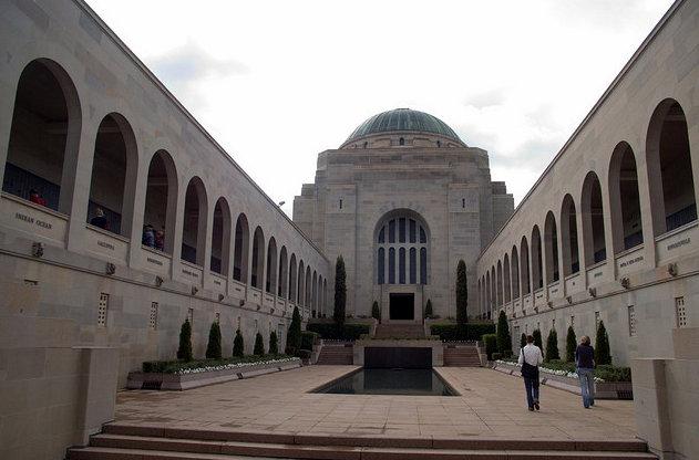 Australian War Memorial. Photo CC by Fred Garrecht.