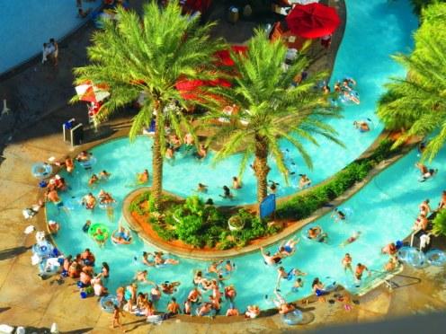 Monte Carlo Las Vegas Pool >> 32 Reasons To Stay At Monte Carlo Vegas - Mapping Megan