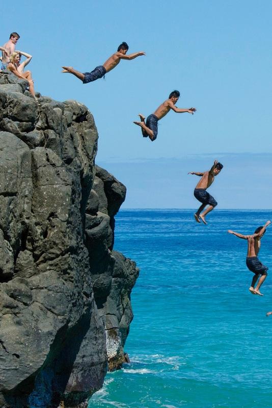 Cliff jumping. Photo by Justin De La Ornellas.