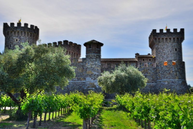 An Authentic 13th-century Tuscan-inspired Castle in Napa Valley. Visting Castello di Amorosa.