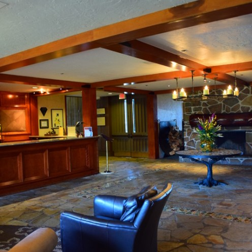 The Lobby: Salishan Spa & Golf Resort