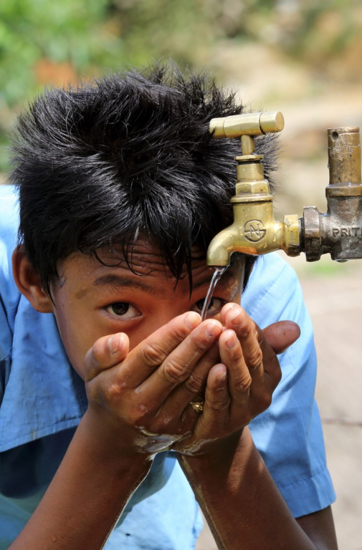 Which countries have safe drinking water