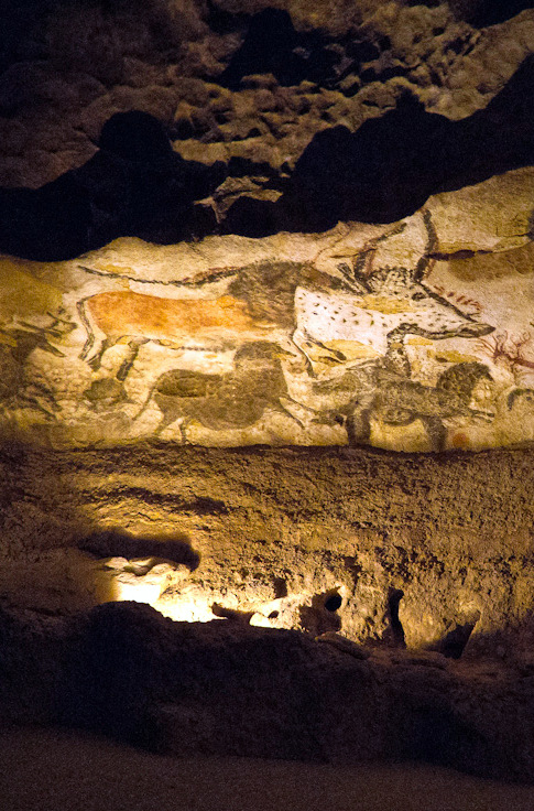Hall of The Bulls, Lascaux Caves France