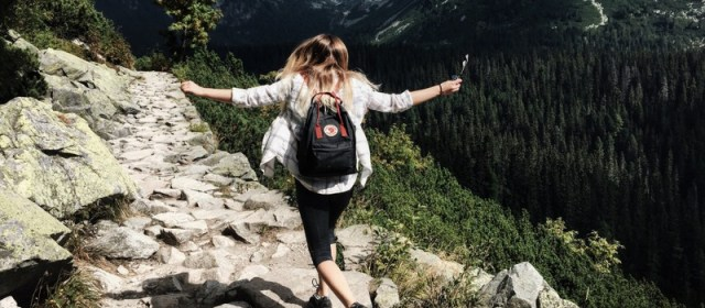 6 Ways to Keep Your Teens Safe While Travelling