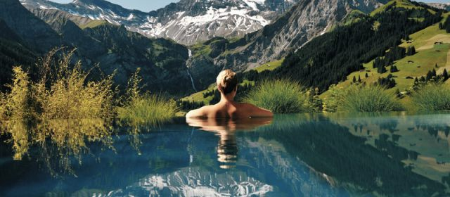 5 of the Most Epic Infinity Pools in the World